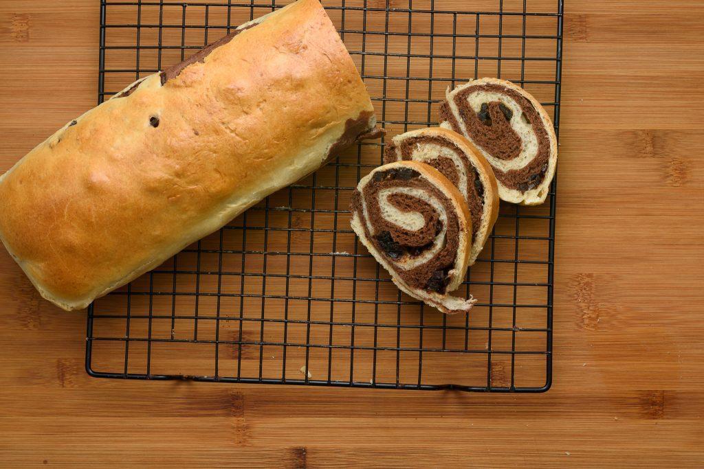 Chocolate roll recipe - SunCakeMom