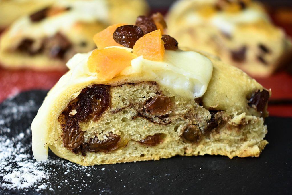Roscon-de-reyes-King-cake-3-SunCakeMom
