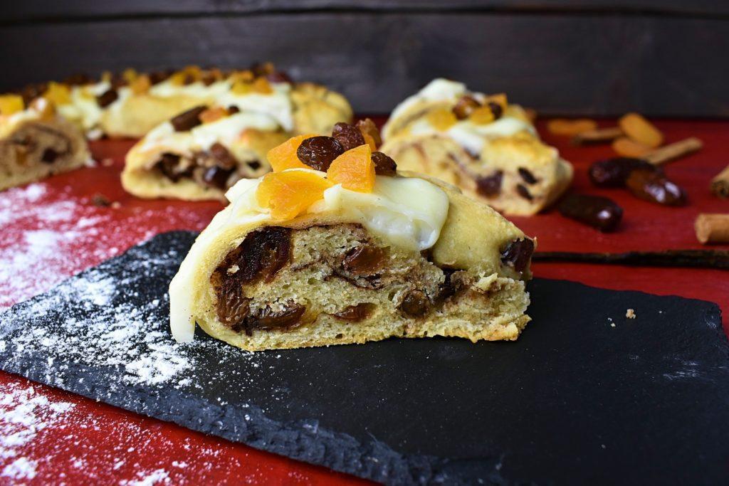 Roscon-de-reyes-King-cake-4-SunCakeMom