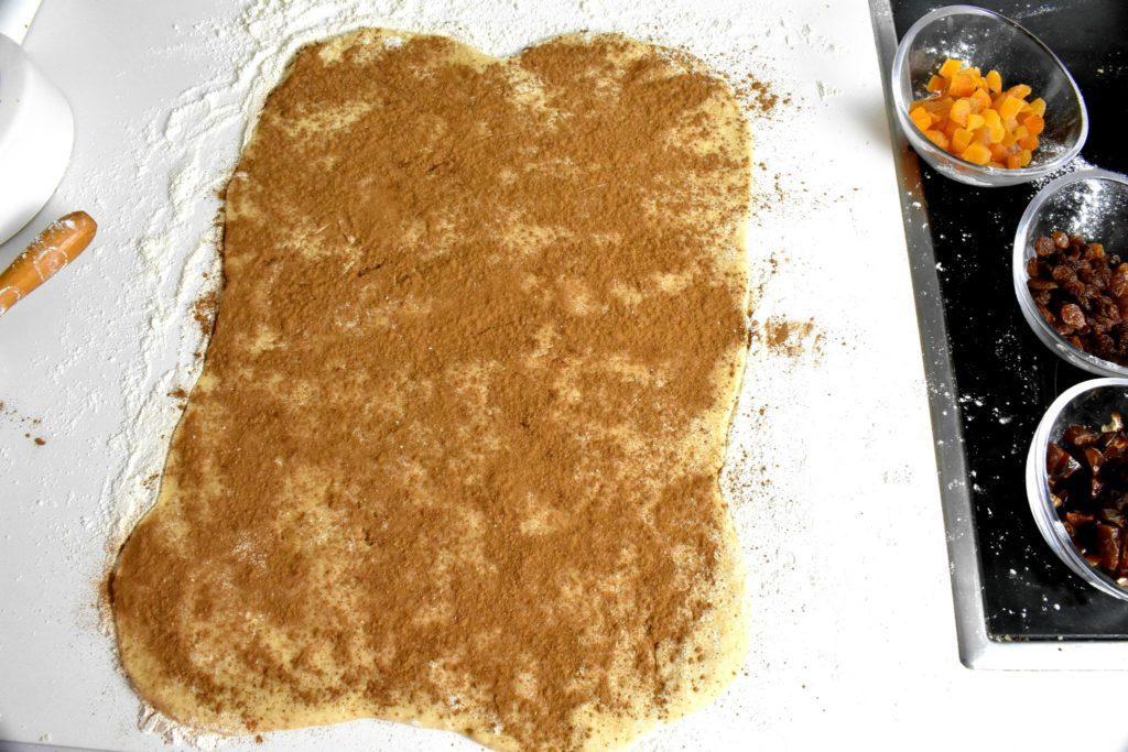 Roscon-de-reyes-King-cake-process-4-SunCakeMom