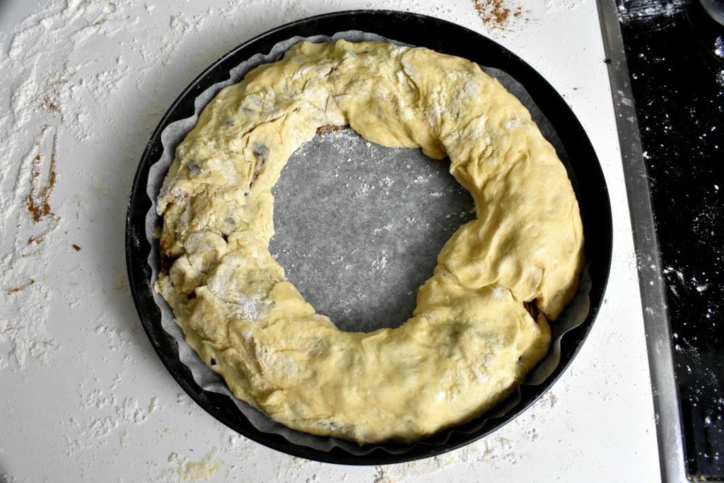 Roscon-de-reyes-King-cake-process-9-SunCakeMom