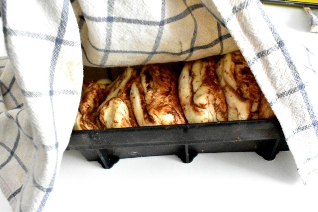Pull-apart-bread-process-15-SunCakeMom