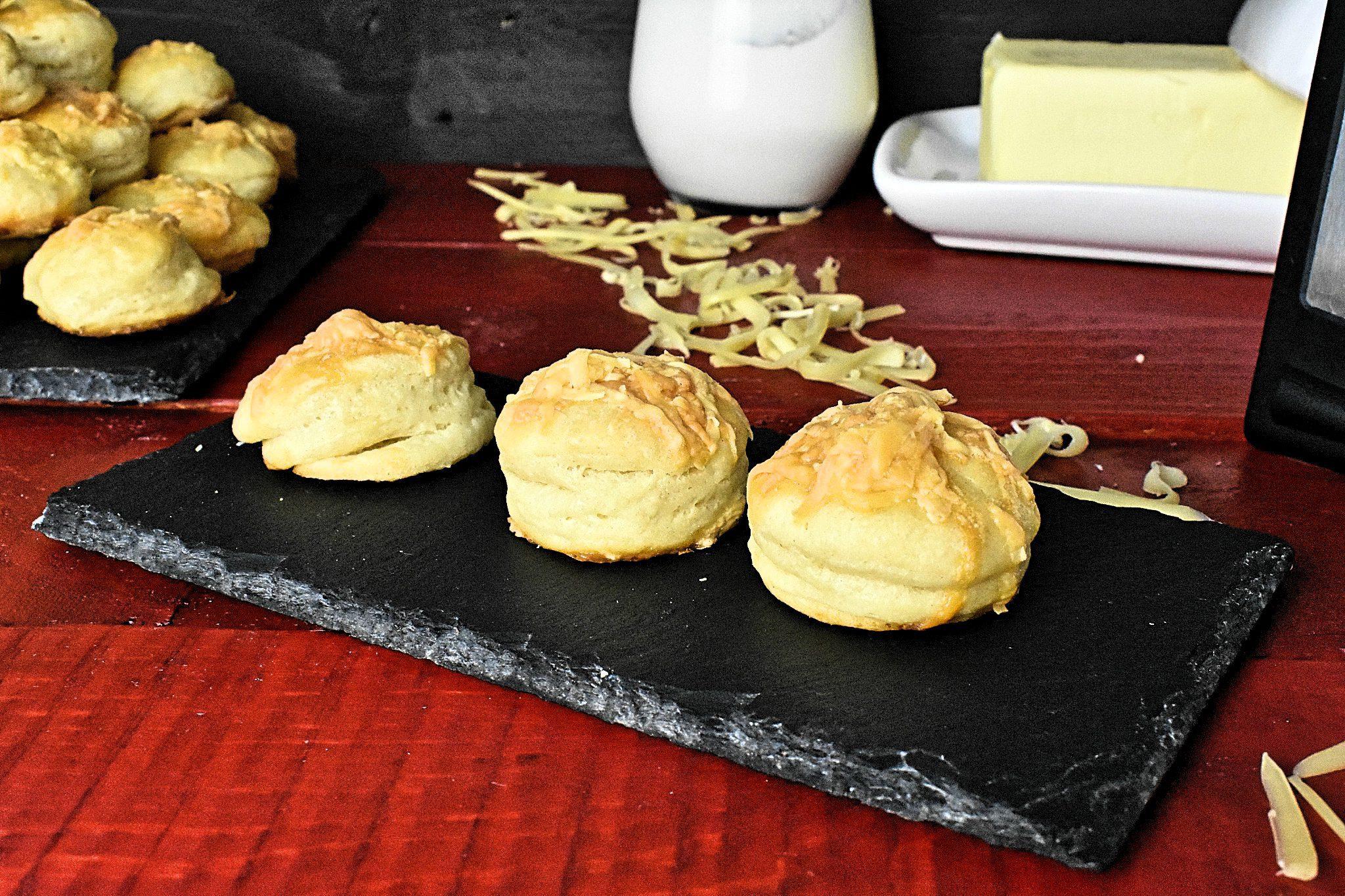 Cheese-scone-recipe-3-SunCakeMom