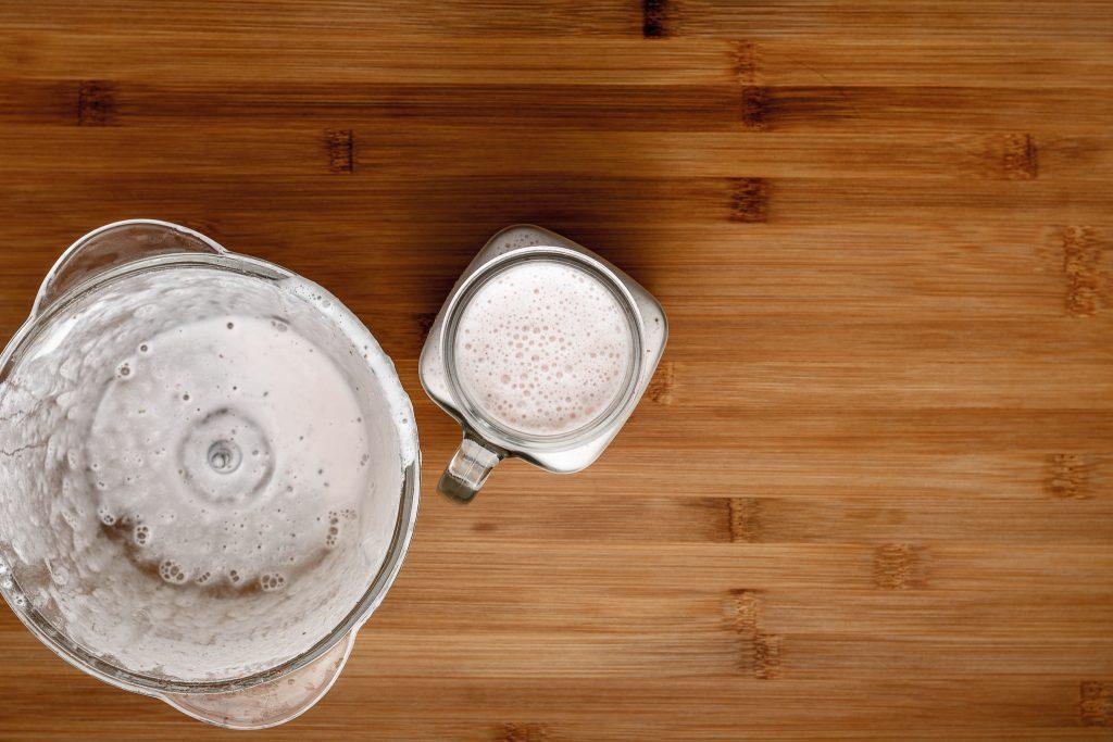 Strawberry smoothie recipe - SunCakeMom