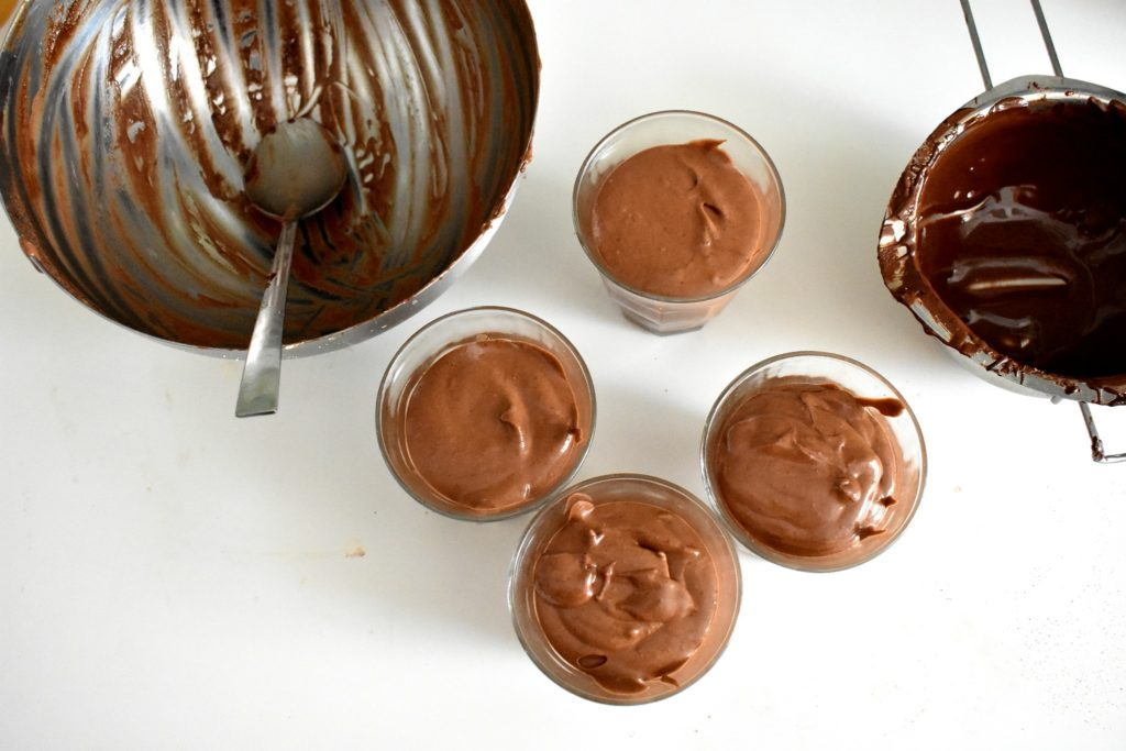 Sugar-free-chocolate-mousse-process-8-SunCakeMom