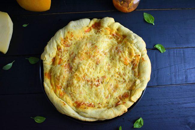 Healthy-homemade-pizza-2-SunCakeMom