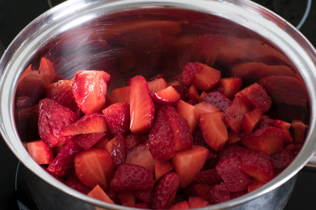 Sugar-free-strawberry-jam-recipe-Process-3-SunCakeMom