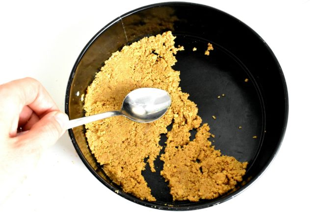 Sugar-free-cheesecake-process-3-SunCakeMom