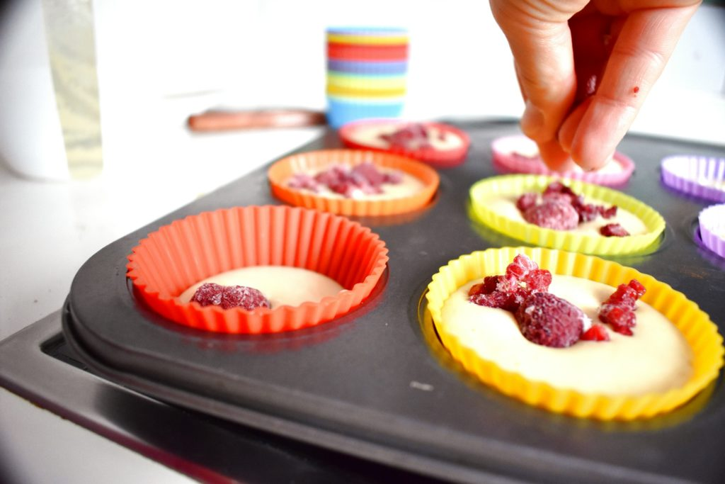Gluten-free-muffin-strawberry-process