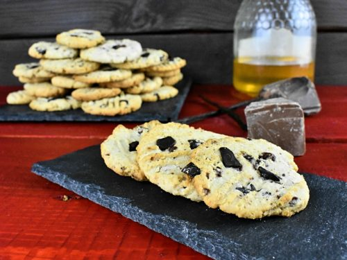 Low-carb-chocolate-chips-cookies-6-SunCakeMom