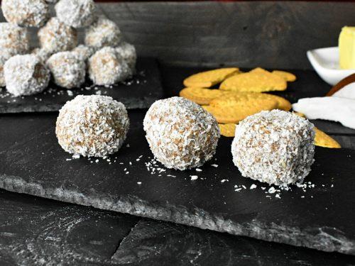 Simple-sugarfree-coconut-bliss-balls-1-SunCakeMom