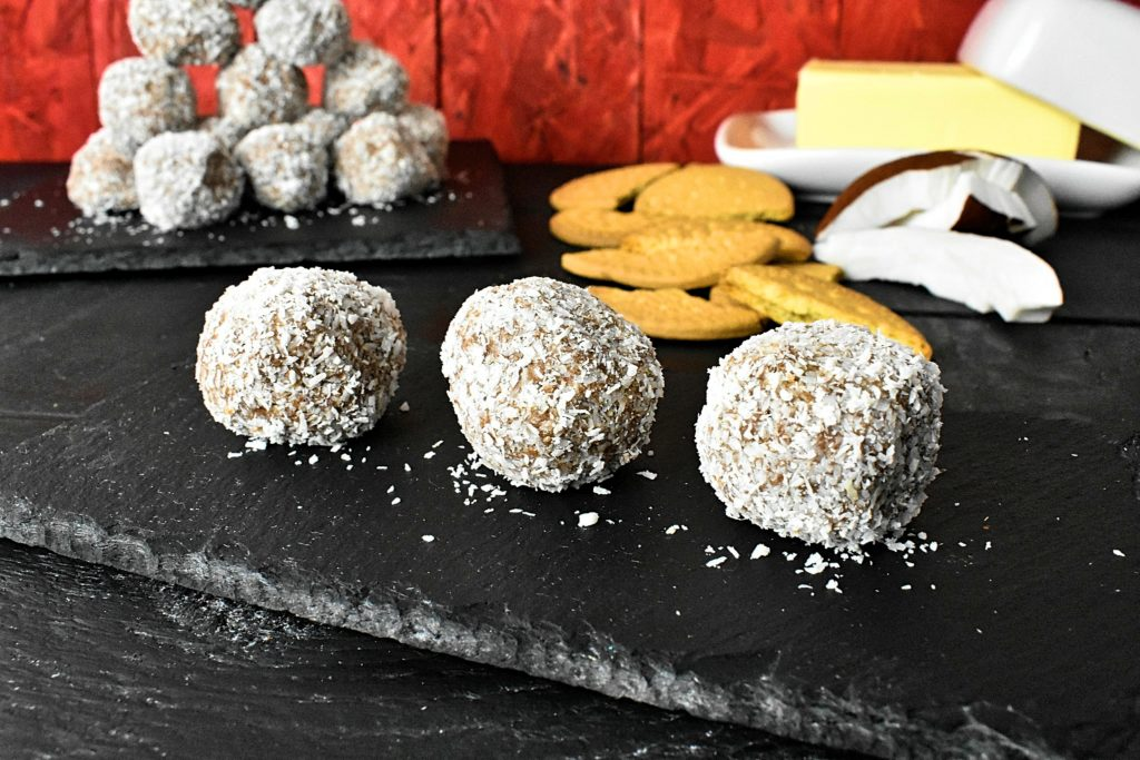 Simple-sugarfree-coconut-bliss-balls-2-SunCakeMom
