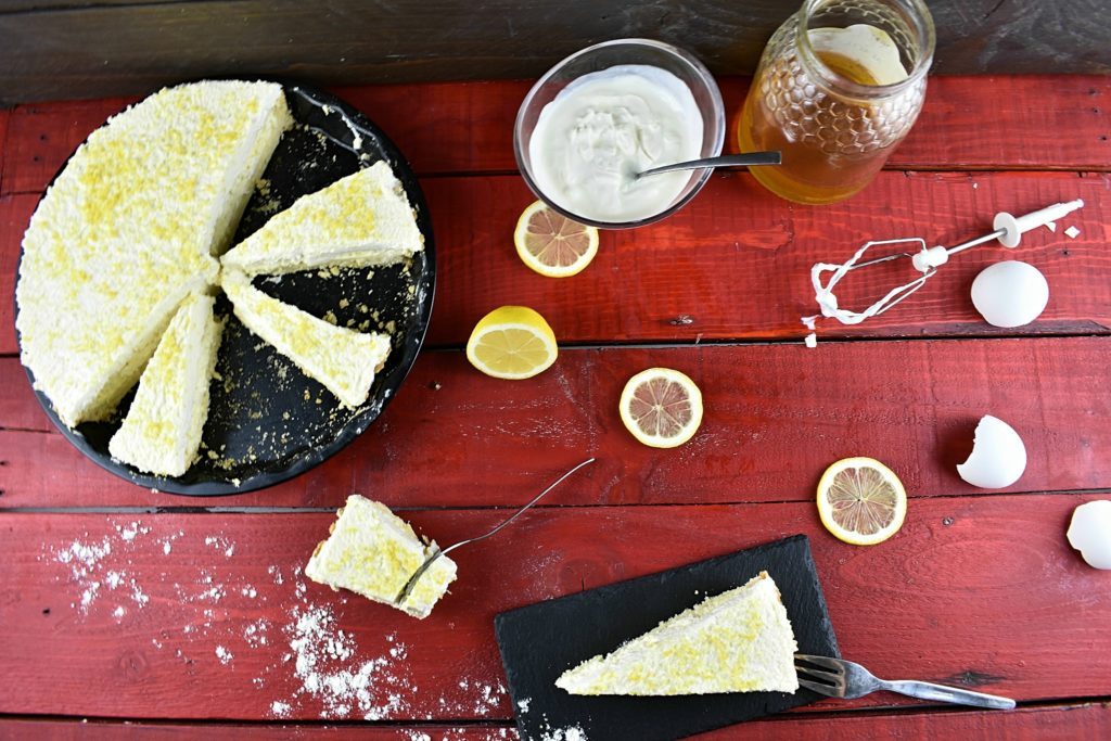Sugar-free-lemon-cream-pie-3-SunCakeMom
