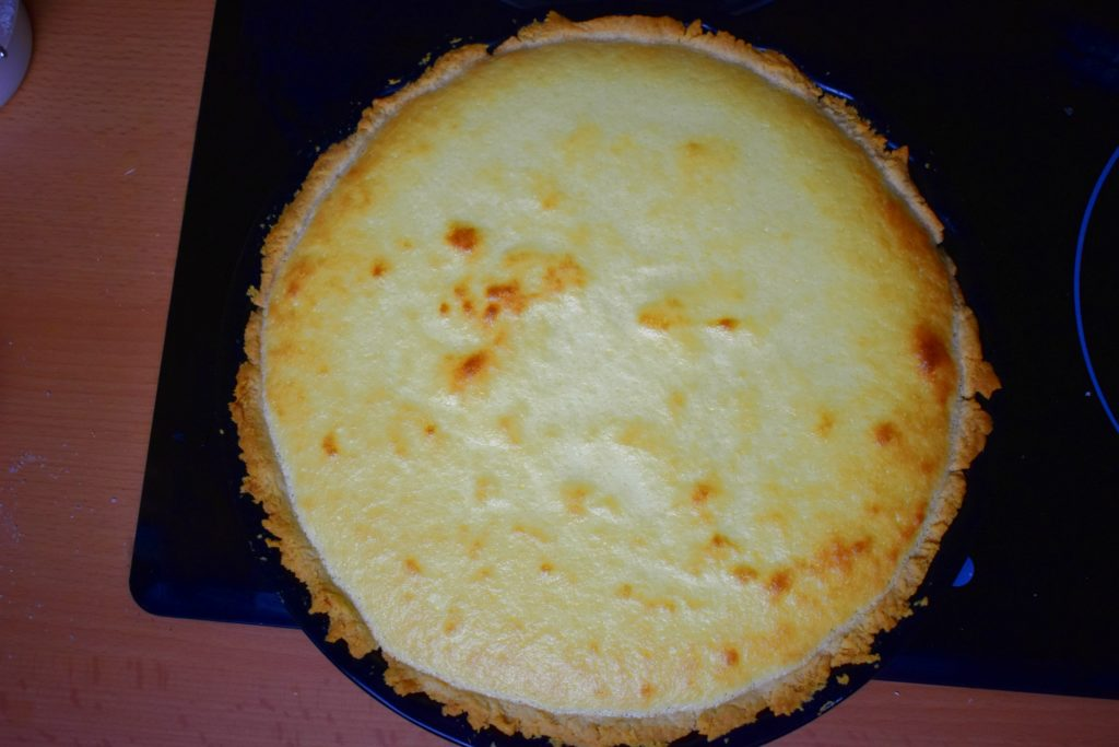 Sugar-free-lemon-cream-pie-process-13-SunCakeMom