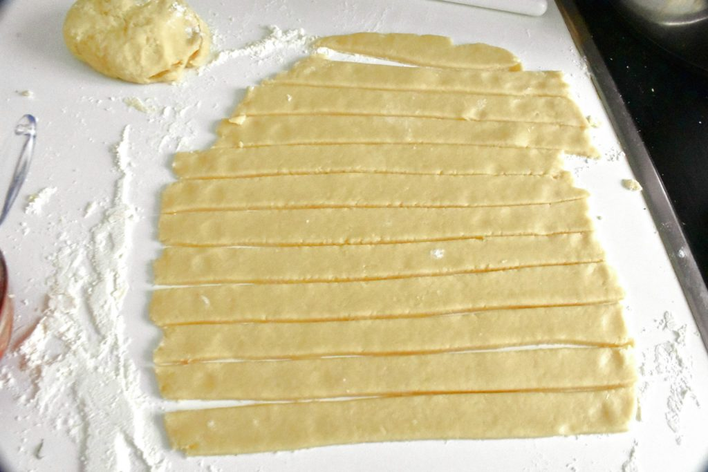 Twisted-pizza-breadsticks-recipe-process-7-SunCakeMom