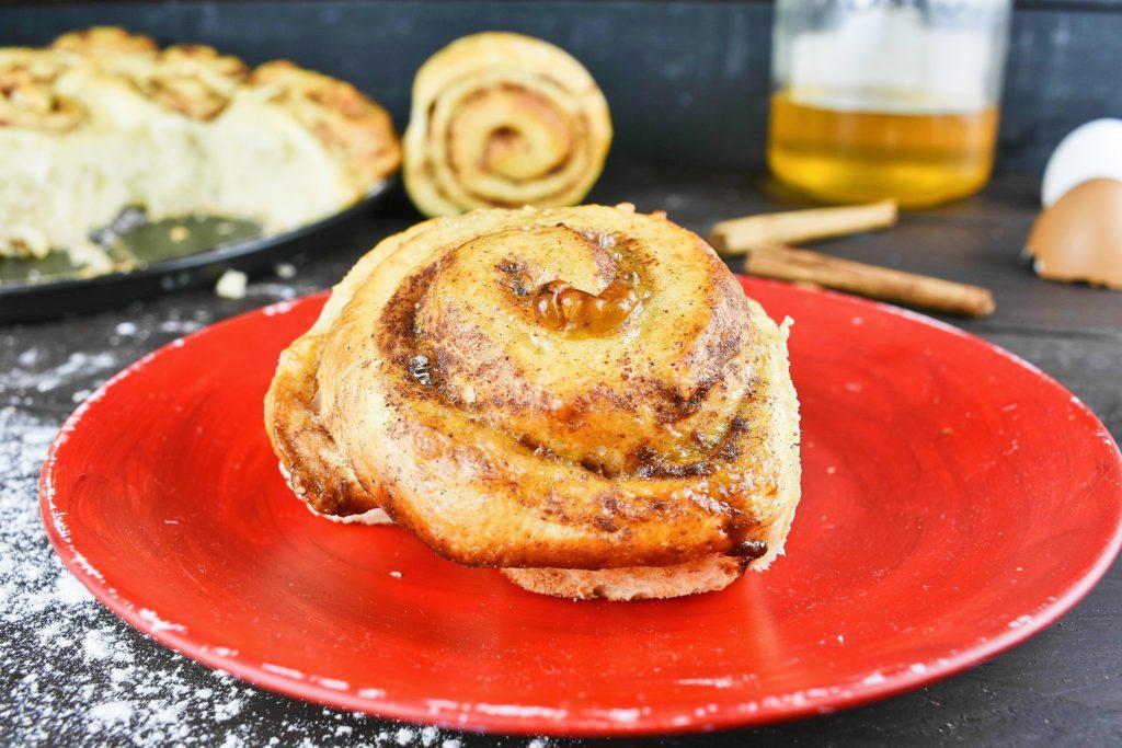 Easy-cinnamon-roll-recipe-2-SunCakeMom