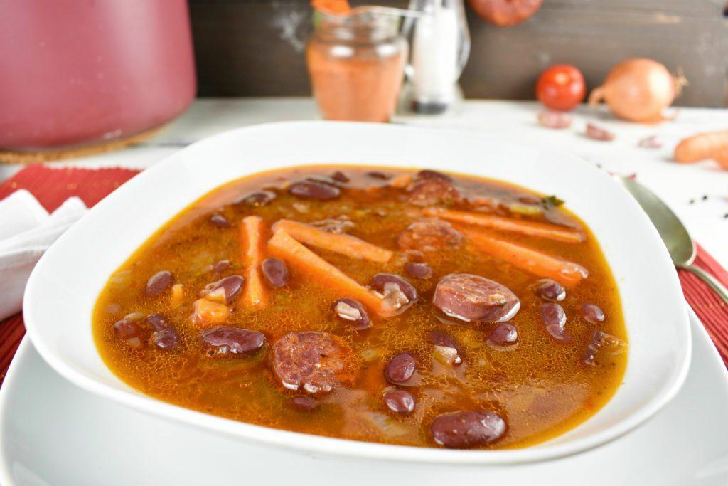 Kidney-bean-soup-1-SunCakeMom