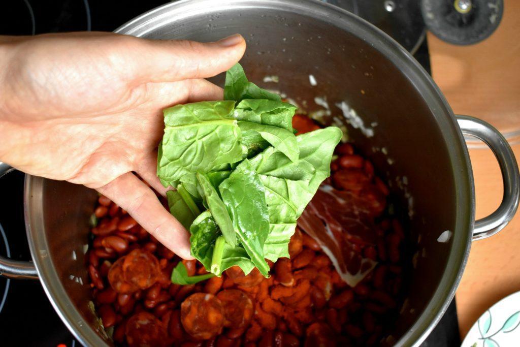Kidney-bean-soup-process-8-SunCakeMom