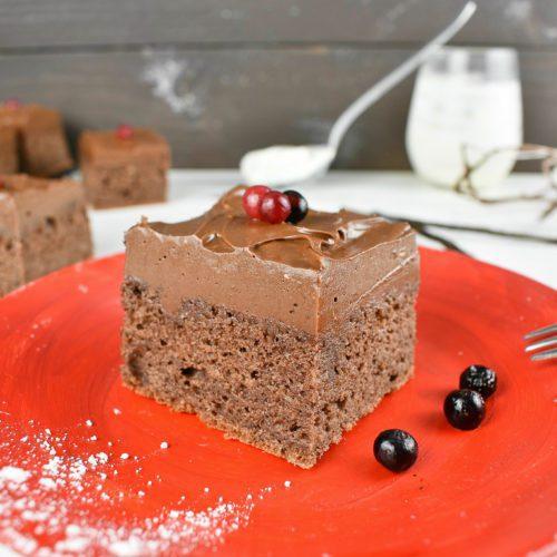 Sour-cream-chocolate-cake-2-SunCakeMom