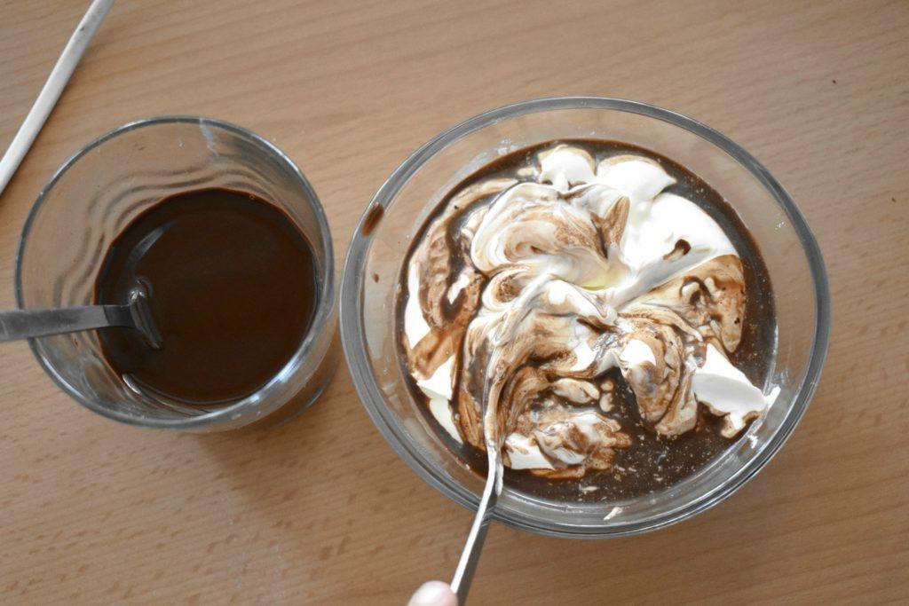 Sour-cream-chocolate-cake-process-8-SunCakeMom