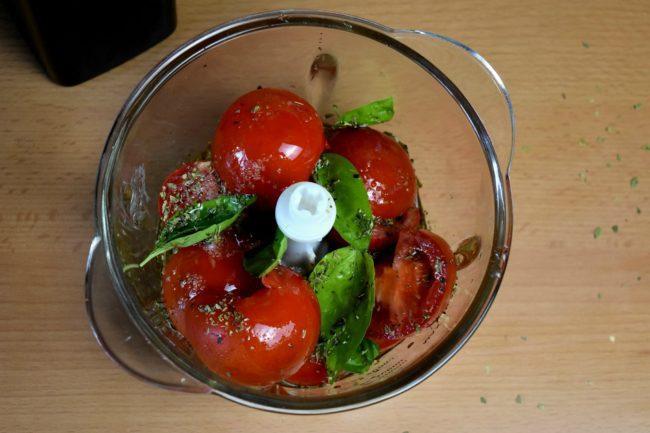 Tomato-sauce-recipe-process-6-SunCakeMom
