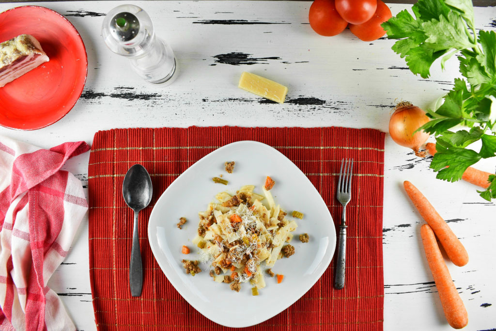Bolognese-sauce-recipe-3-SunCakeMom