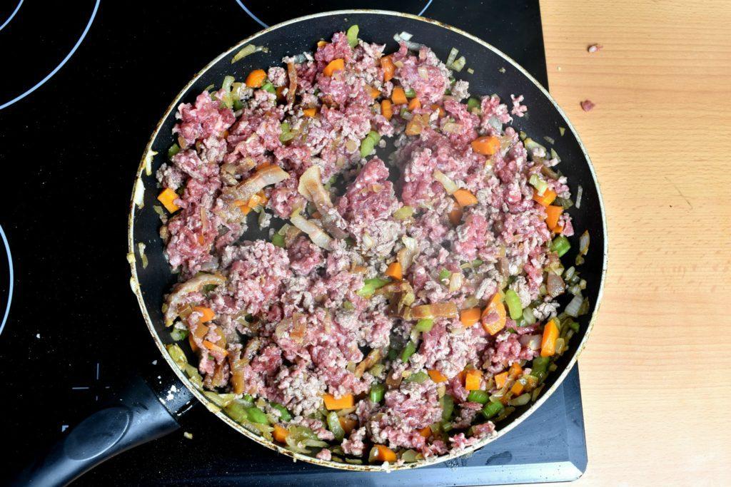 Bolognese-sauce-recipe-process-6-SunCakeMom