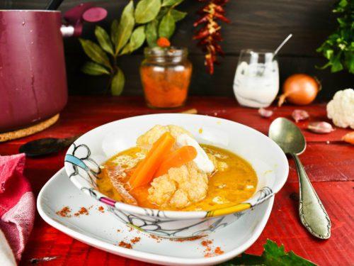 Easy-cauliflower-soup-recipe-4-SunCakeMom