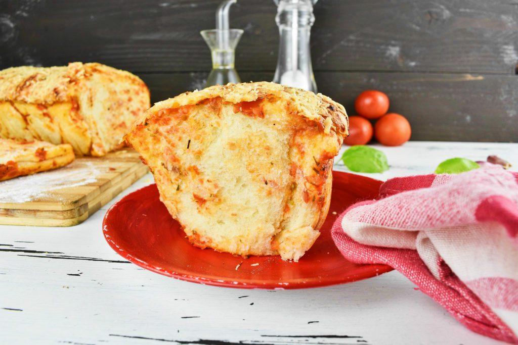 Pull-apart-pizza-bread-2-SunCakeMom