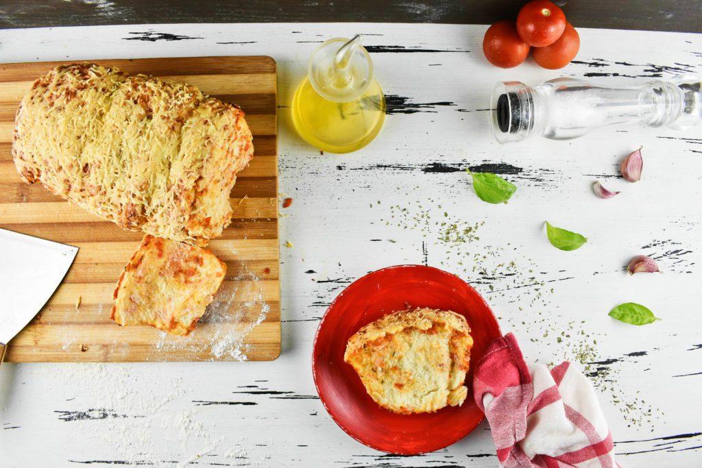 Pull-apart-pizza-bread-3-SunCakeMom