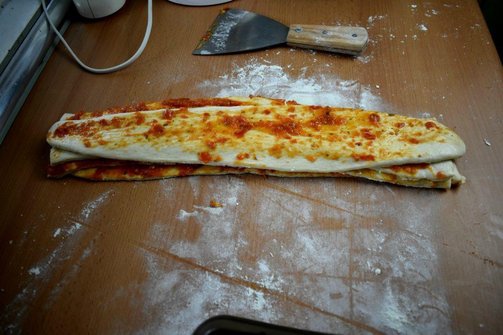 Pull-apart-pizza-bread-process