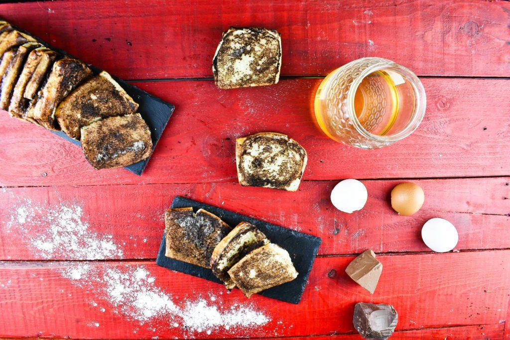 Chocolate-pull-apart-bread-4-SunCakeMom