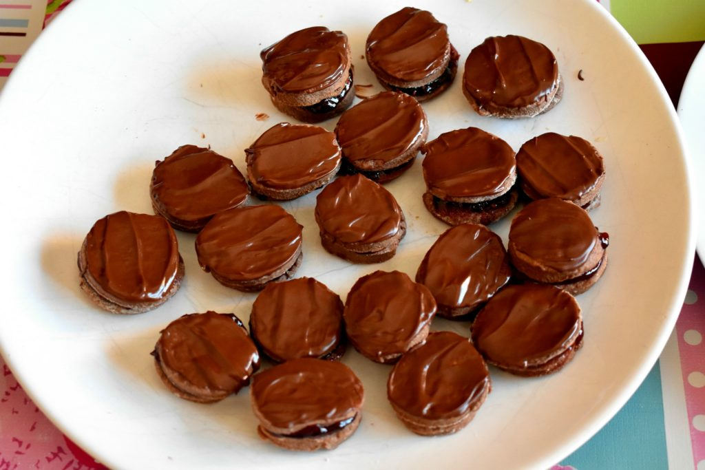 Chocolate-shortbread-cookies-recipe-process-5-SunCakeMom