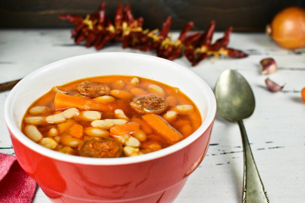 White-bean-soup-navy-bean-soup-2-SunCakeMom