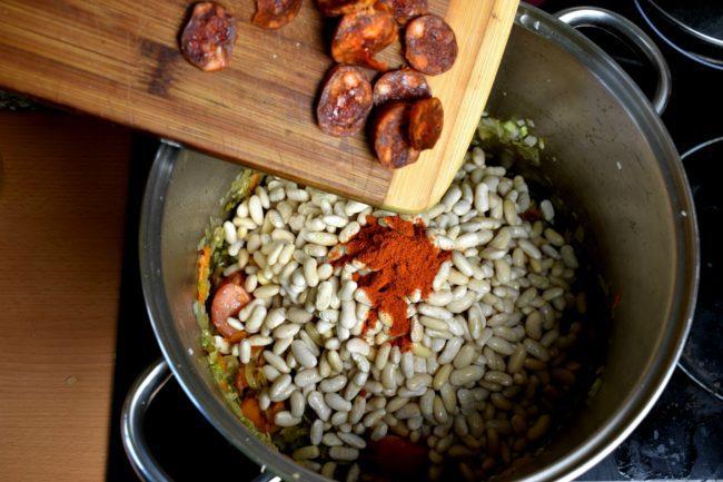 White-bean-soup-navy-bean-soup-process-5-SunCakeMom