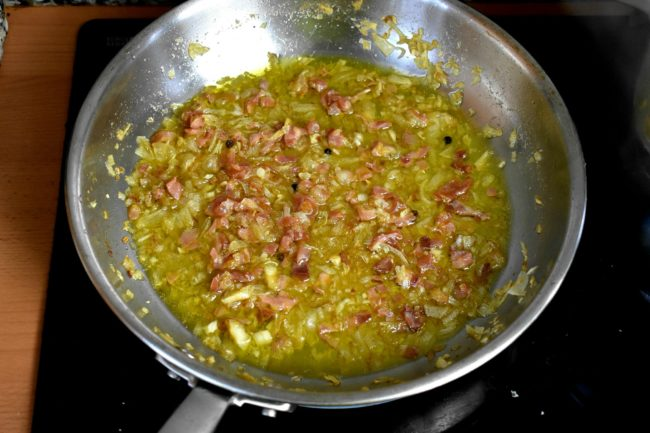 Best-carbonara-recipe-with-traditional-or-gluten-free-pasta-process-8-SunCakeMom