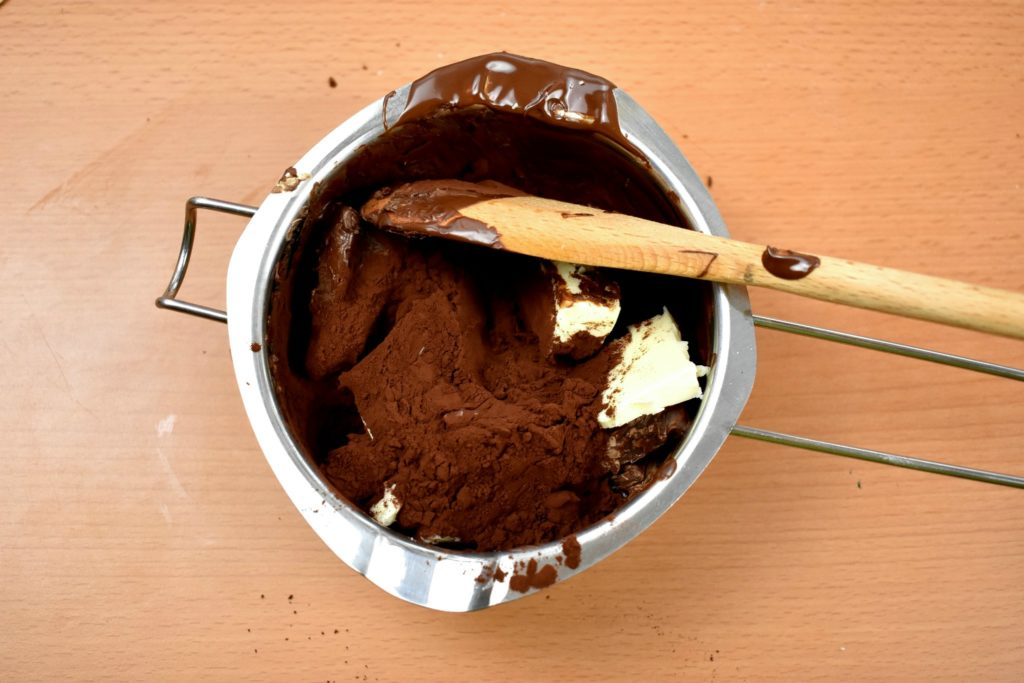 Sacher-torte-recipe-process-10-SunCakeMom