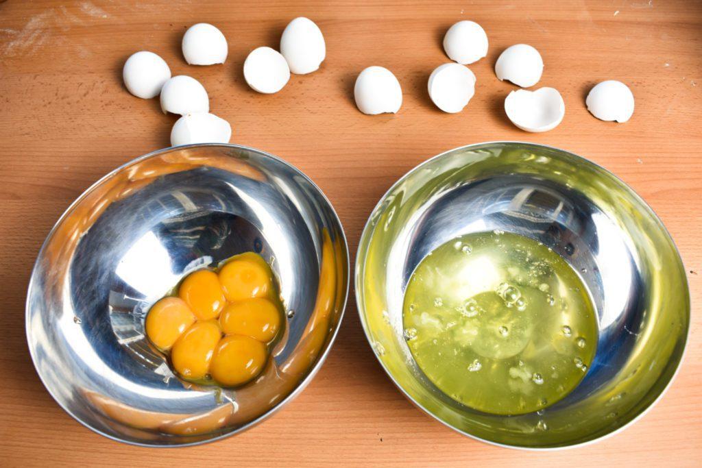Separate-six-eggs-gp-SunCakeMom