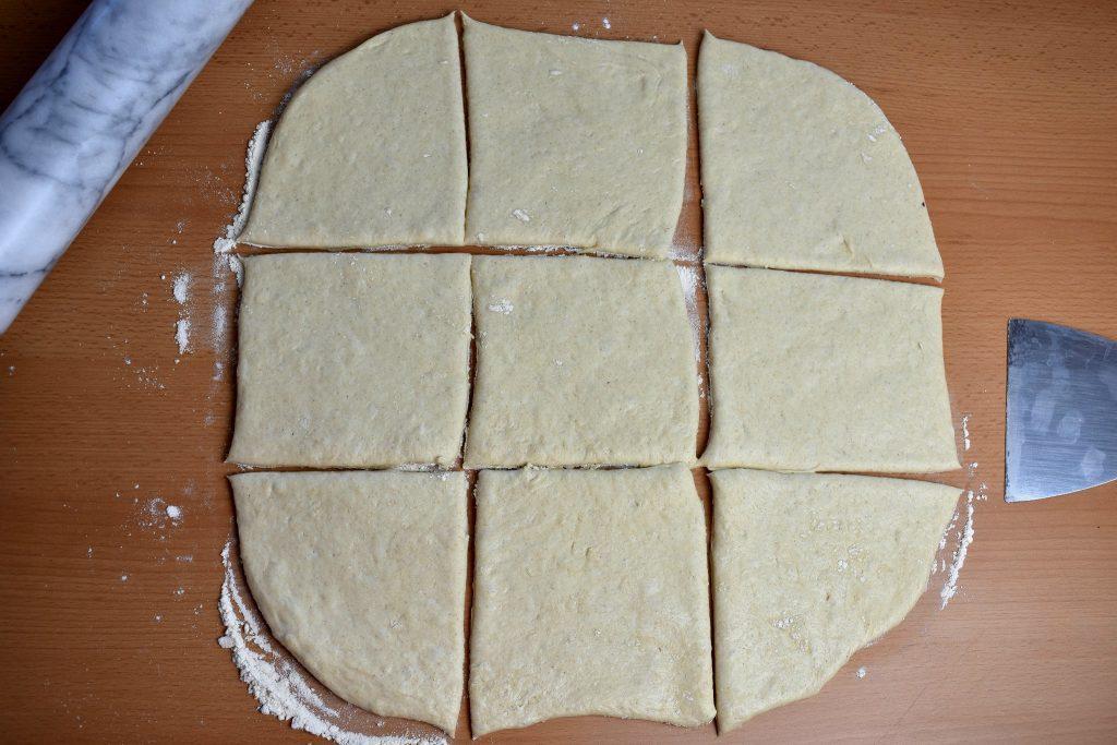 roscon-de-reyes-pizza-king-cake-pizza-process-4-SunCakeMom