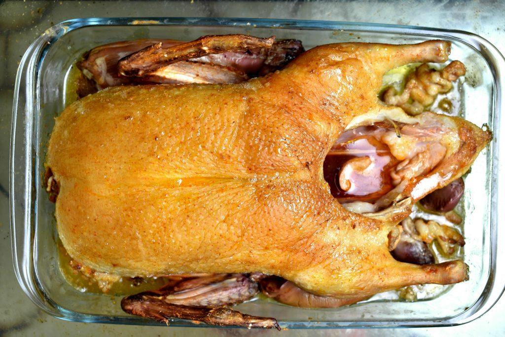 Slow-Roast-Whole-Duck-Recipe-Process-2-SunCakeMom