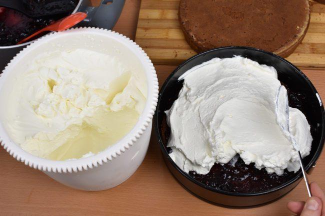 Black-Forest-Cake-Process-7-SunCakeMom