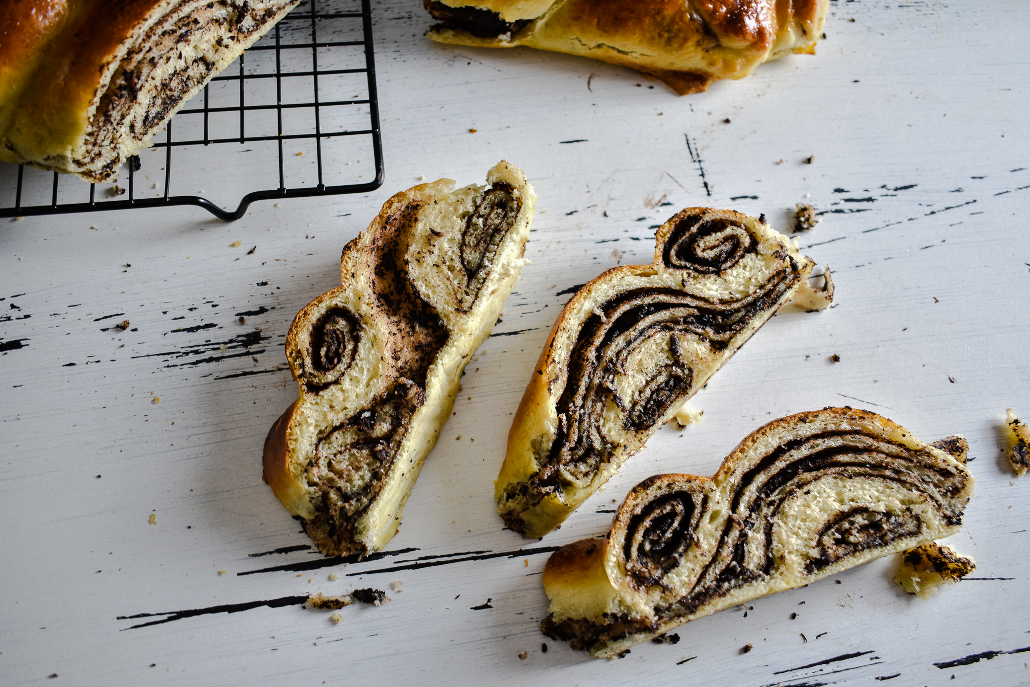 Braided-bread-recipe-with-chocolate-filling-4-SunCakeMom