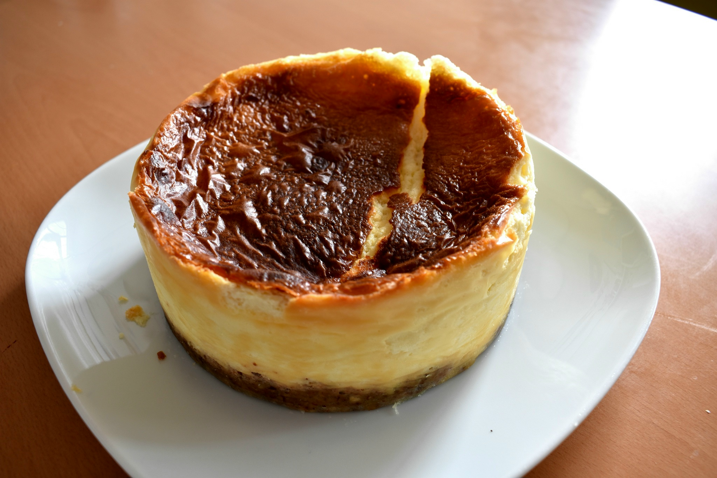Low Carb Cheesecake Recipe – Sugar Free Keto Cheesecake-Process-9-SunCakeMom