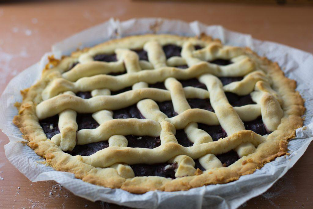 Gluten-free-cherry-pie-Process-10-SunCakeMom