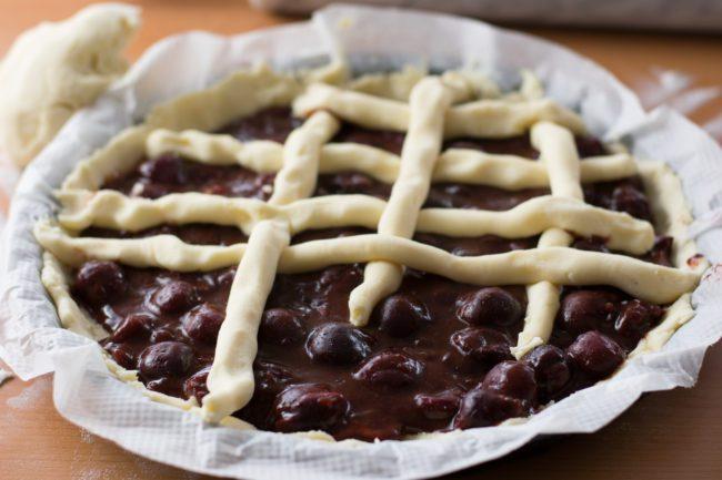 Gluten-free-cherry-pie-Process-8-SunCakeMom