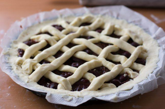 Gluten-free-cherry-pie-Process-9-SunCakeMom