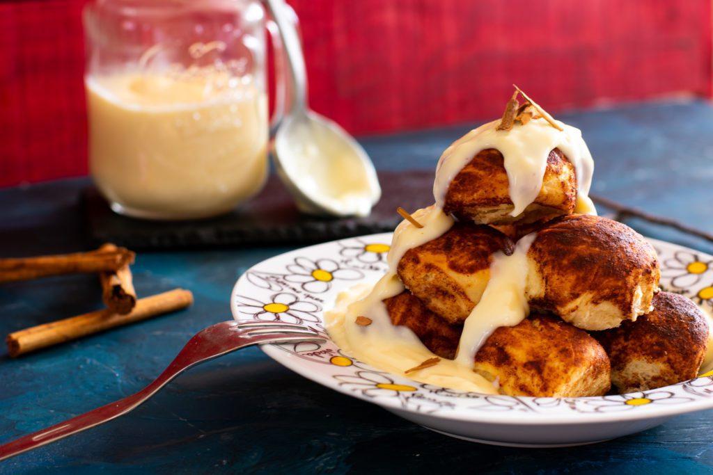 Cinnamon-monkey-bread-recipe-1-SunCakeMom
