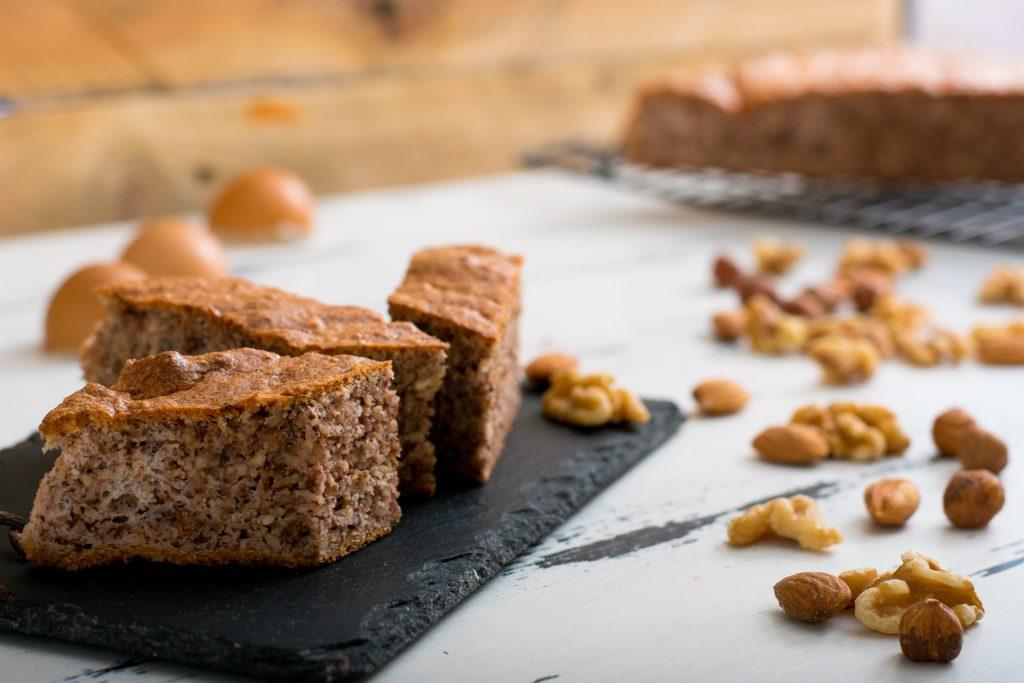 Gluten-free-sponge-cake-recipe-1-SunCakeMom
