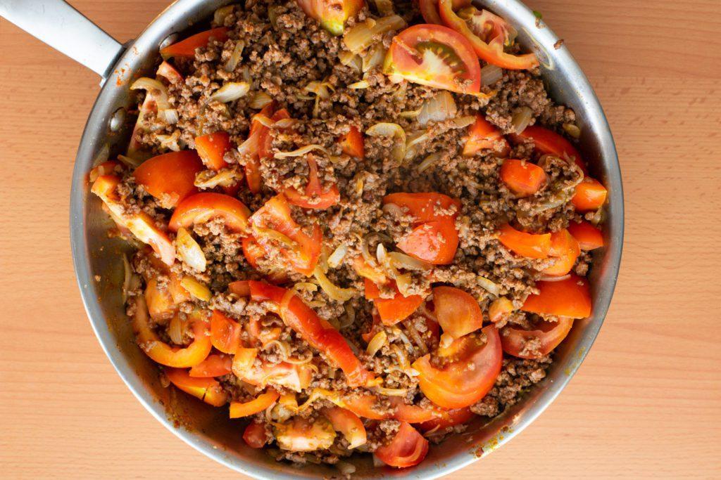 Chili-con-carne-recipe-Process-4-SunCakeMom