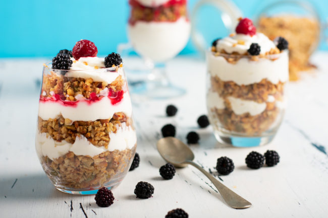 Yogurt-parfait-recipe-3-SunCakeMom